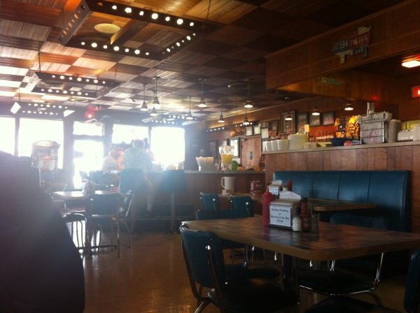 It's like a '50s or '60s era restaurant. Love the counter.